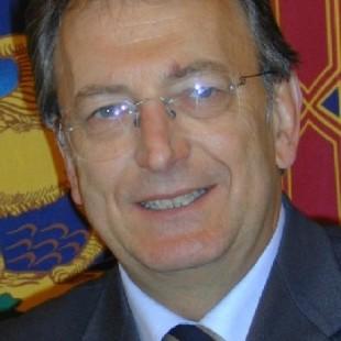 Messaggio del Presidente dell'Associazione Bellunesi nel Mondo Oscar De Bona con gli Auguri di Buon Natale e Felice Anno Nuovo