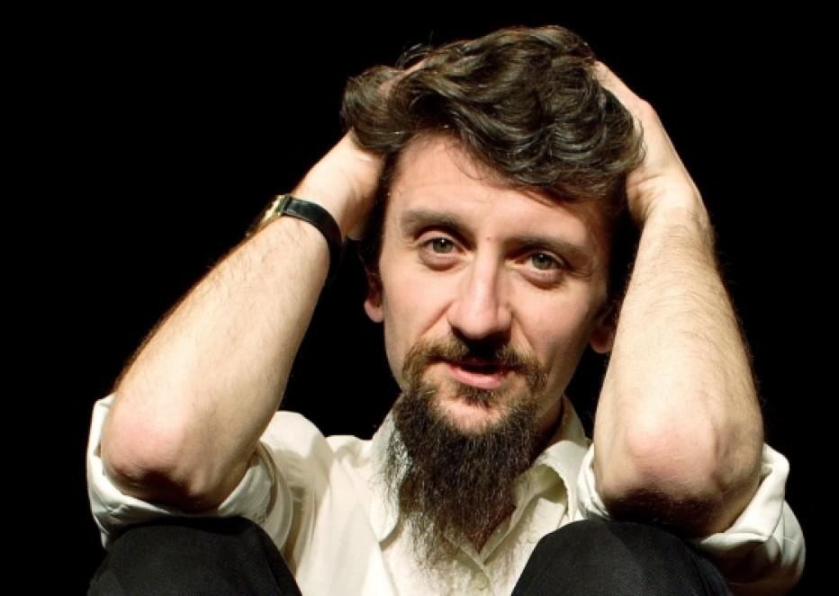 """Intervista al Direttore Artistico Rajeev Badhan della compagnia teatrale """"Slow Machine"""""""