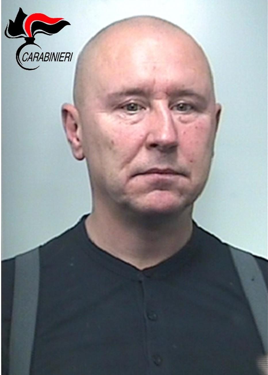 Arrestato nella notte cittadino polacco a Cortina, aveva rubato la borsa di una cliente della Cooperativa