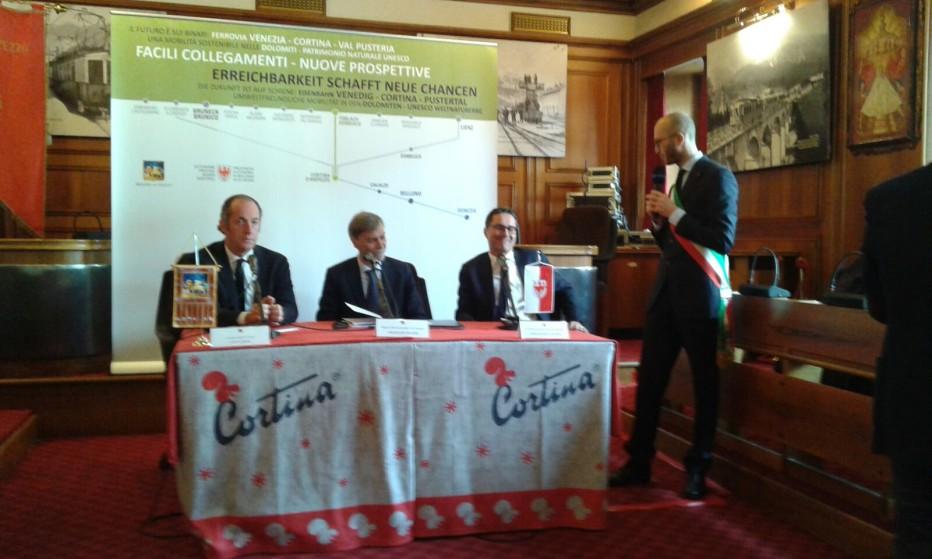 """""""Treno delle Dolomiti"""" Zaia, Kompatscher e Delrio sabato 13 febbraio a Cortina per la firma del protocollo di intesa"""