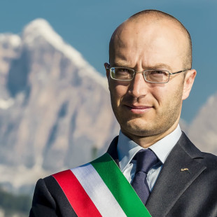 Martedì 12 luglio ultima conferenza stampa del Sindaco di Cortina d'Ampezzo, Andrea Franceschi