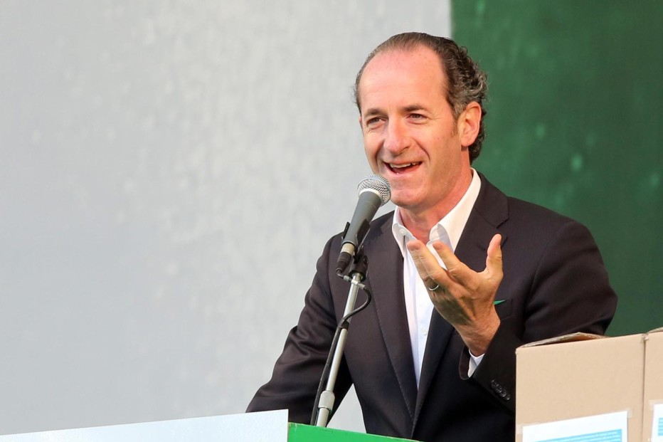 Intervista in diretta a Radio Cortina del Presidente del Veneto Luca Zaia del 24 maggio 2016