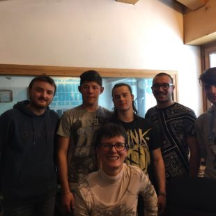 Dolom.it: intervista in diretta con i ragazzi della classe V dell'Istituto Professionale per l'Enogastronomia e l'Ospitalita' Alberghiera di Cortina.
