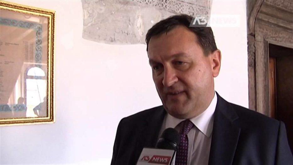 Intervista in diretta con il Commissario straordinario del Comune di Cortina d'Ampezzo Carlo De Rogatis