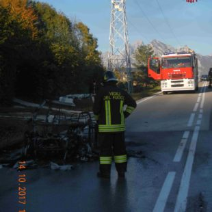 Incendio autovettura a San Gregorio nelle Alpi