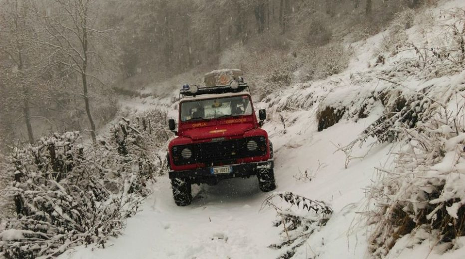 Padre e figlio in difficoltà in Val di Fanes a Cortina