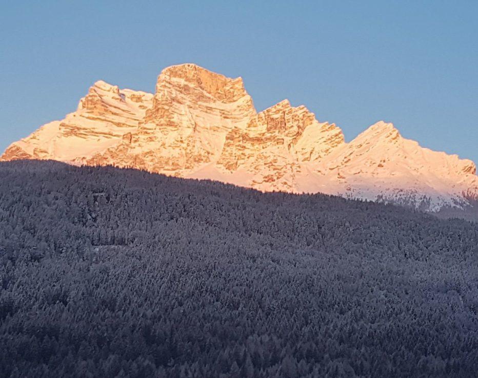 Soccorsa scialpinista in Val d'Arcia sul Monte Pelmo a Borca di Cadore