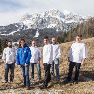 """Coppa del Mondo, la """"valanga azzurra"""" dei ristoratori di Cortina."""