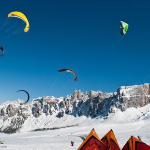 Il 5° Cortina Snowkite Contest spicca il volo