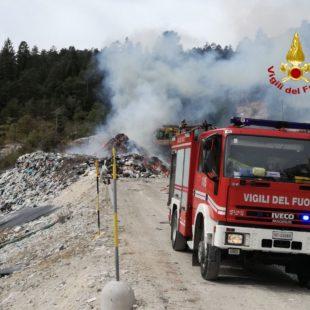Spento l'incendio in discarica a Cortina d'Ampezzo