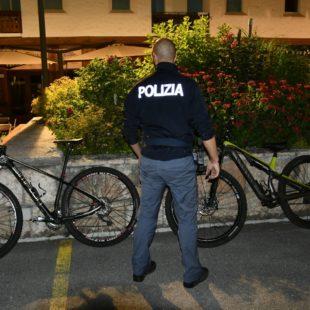La Polizia arresta a Cortina d'Ampezzo i ladri di biciclette
