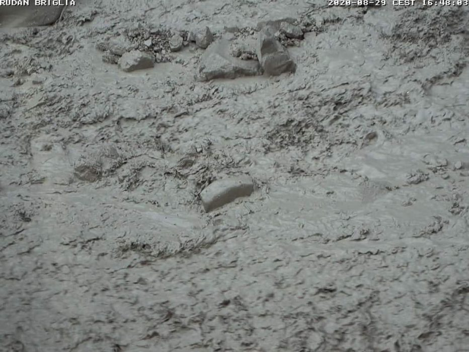 Colate detritiche a Borca e Rudan a Peaio di Vodo, pioggia intensa con grandine