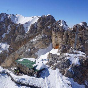 Il soccorso alpino di oggi è intervenuto a Cortina sul Cristallo e sul Pian de le Mandre a Forno di Zoldo
