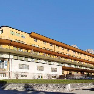 Tornare a camminare a 29 anni: l'intervento all'ospedale Cortina corregge un difetto di deambulazione in un giovane paziente
