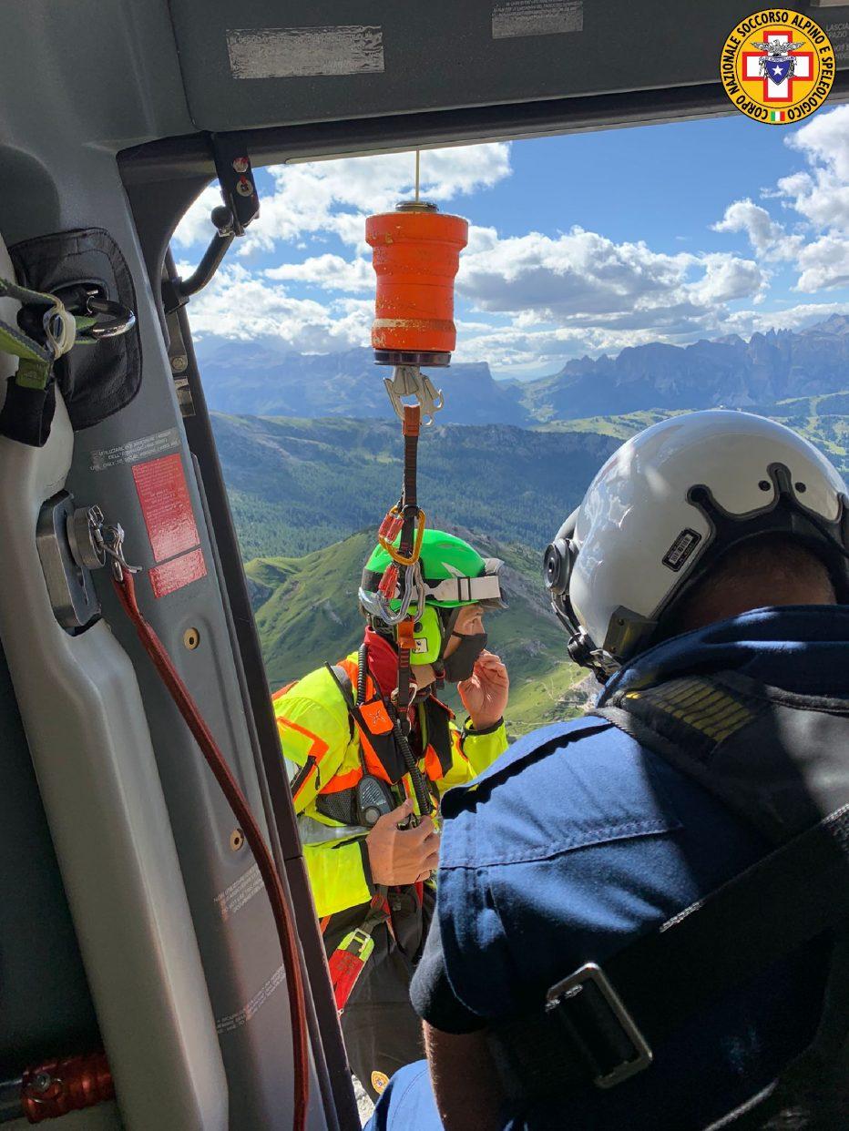 Corde incastrate, recuperati alpinisti sul Lagazuoi